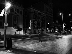 Gran Vía #1 (Madrid) (Josu Sein) Tags: granvía madrid españa spain night noche shadows sombras reflections reflejos mystery misterio cinematic cinemático expressionism expresionismo highcontrast altocontraste monochrome monocromo blackandwhite blancoynegro urban urbano city ciudad landscape paisaje urbanlandscape paisajeurbano