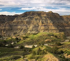 beautiful view (ekelly80) Tags: montana makoshikastatepark june2017 summer roadtrip keisgoesusa badlands glendive geology scenery hike trail rocks colors layers rockformations mountains hills beautiful view valley