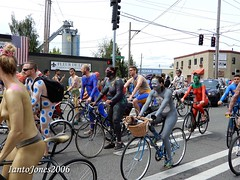 DSCN1998 (IantoJones2006) Tags: fremont solstice cyclists 2017 naked bike seattle parade nude painted body paint bicycle
