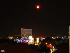 Full Moon (Detta Priyandika) Tags: downtown surabaya suroboyo skyscrapers skyline skyscraper river scape