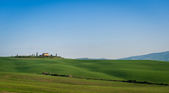 DSC_0631.jpg (saladino85) Tags: tuscana tuscany scenery sunset trees italy green hills typical holiday landscape