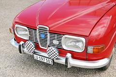 Saab 96 25.6.2017 1532 (orangevolvobusdriver4u) Tags: 2017 archiv2017 car auto klassik classic oldtimer vintage bleienbach bleienbach2017 schweiz switzerland saabsweden saab sweden 96 saab96 detail zeichen logo badge brand