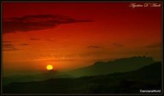 In rosso.. l'ultimo tramonto di Agosto 2016 (agostinodascoli) Tags: tramonto sunset nikon nikkor cianciana sicilia paesaggio landscape agostinodascoli rosso sole cielo nature
