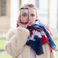 Eye Eye (mayflys_reach) Tags: helen helenx availablelight abstract beauty blond england fashion girl glamour london naturallight olympus omdem1mk2 portrait people greenwich woman unionjack unionflag samsung phone helenbettyannportfolio purpleport