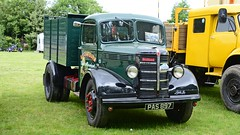 PAS 897 (panmanstan) Tags: bedford wagon truck lorry vintage commercial vehicle littleweighton yorkshire
