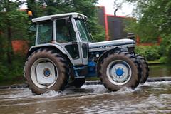 IMG_0482 (Yorkshire Pics) Tags: 1006 10062017 10thjune 10thjune2017 newbyhalltractorfestival ripon marchofthetractors marchofthetractors2017 ford fordcrossing river rivercrossing tractor tractors farmingequipment farmmachinery agriculture yorkshire northyorkshire