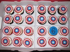 cupcakes, Captain America (cake Pedestal) Tags: satin ice fondant red blue captain america gumpaste number shields stars
