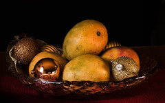 Mangoes in Bowl with Baubles.. (Jofotoe) Tags: matchpointwinner t553