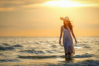 Asian woman on the beach1