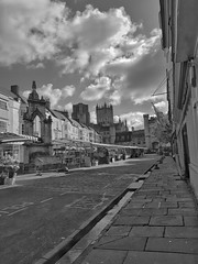 20170607_083452-04 (liamtatts) Tags: wells cathedral market town high street galaxy s8 bw black white