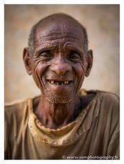 SamPhotography-1.jpg (SamPhotography25) Tags: madagascar portrait mission humanitaire voyage travel malagasy afrique africa photographe tsiribihina photo canon canon5d3