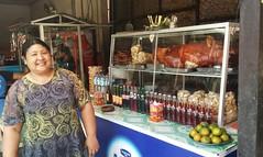 Makanan Babi Guling (scinta1) Tags: indonesia bali travelling babi guling makanan warung woman giri denpasar makan