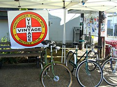 Vancouver Wheelmen (knightbefore_99) Tags: velo bicycle wheel vancouver poor club retro vintage lane oppression red circle transport crap west bc dumb