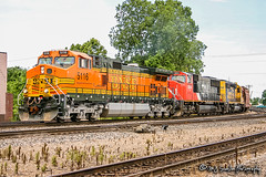 BNSF 5116 | GE C44-9W | BNSF Thayer South Subdivision (M.J. Scanlon) Tags: bnsf bnsfrailway burlingtonnorthernsantafe burlingtonnorthernsantaferailway broadway kentuckystreet ge c449w bnsf5116 cn5654 bnsf6863 santafe atsf atchisontopekaandsantaferailway atchisontopekaandsantafe memphis tennessee digital transportation merchandise commerce business wow haul outdoor outdoors move mover moving scanlon canon eos unit engine locomotive rail railroad railway train track horsepower logistics railfanning steel wheels photo photography photographer photograph capture picture trains railfan