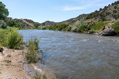 1706 A Quick Touch of the Rio Grande at the County Line (c.miles) Tags: countylineriveraccess newmexico riogranderiver