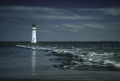 Black Rock Lighthouse   (Explored 9/7/17) (markrd5) Tags: seascape wirral newbrighton blackrocklighthouse lighthouse sea waves clouds ndfilters nikon nikon1024mm