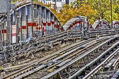 metro PARIS (gianmaria.colognese) Tags: metro cavi fili rotaie bullono struttura parigi