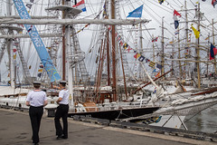 Russian sailors strolling down the harbour. (Monika Kalczuga (on&off)) Tags: sailors crew shipcrew yachts jachten jachts boats harbour port haven saildenhelder2017 denhelder netherlands holland masts nautical northsea navy