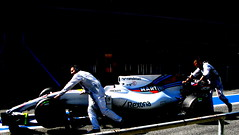 Williams going to thé garage (cuauh_98) Tags: f1 formula1 formule1 car voiture coche race racing raceday racecar racingcar aftherrace after end speed vitesse velocidad rapide fast fastcar spannishgp granpremiodeespaña grandprix f1grandprix sunday circuitdecatalunya montmelo bcn barcelona barcelone catalunya catalogne spain españa espagne williams williamsracing martini martiniwilliamsracing rexona 19 f1car mécanicien garage boxes stand pitlane padock mechanics pits motorsport sportauto sportcar sponsors sport massa felipemassa brazilian brazil white blanco blanc lights lumière luz back shades ombres dark sombre work working hardwork sunset hard