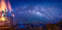 2017 Milky Way Tour - Cell Towers @ the Top of Haunama Bay 03 (JUNEAU BISCUITS) Tags: milkyway astronomy astrophotography celltower longexposure nightphotography nightsky stars ridge hanaumabayridgetrail hawaii oahu honolulu nikond810 nikon landscape