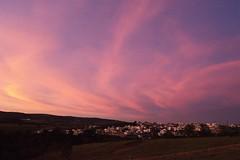 Pink dawn (mara.arantes) Tags: landscape paisagem sky dawning amanhecer sunrise aurora pink village nature unning