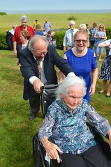 Pushing Sue's Grandmother (Joe Shlabotnik) Tags: july2017 2017 verne maine nancy phyllis afsdxvrzoomnikkor18105mmf3556ged