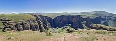 Maletsunyane Falls (Hans van der Boom) Tags: holiday vacation travel sawadee zuidafrika southafrica lesotho maseru semonkong maletsunyanefalls waterfall mountains panorama smonkong lso