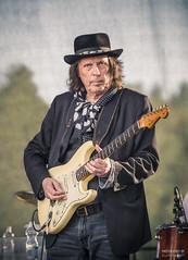Dave Lindholm (>>Marko<<) Tags: davelindholm savonsolmublues blues musiikki pieksämäki eteläsavo suomi finland canon kitara fender stratocaster hat artist musician hoochiecoochieman music portrait stage