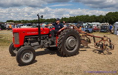 IMG_0223_Woodcote Rally 2017_0268 (GRAHAM CHRIMES) Tags: woodcote rally 2017 steam woodcoterally2017 woodcotesteamrally2017 woodcoterally transport traction tractionengine tractionenginerally steamrally steamfair showground steamengine show steamenginerally vintage vehicle vehicles vintagevehiclerally vintageshow heritage historic classic country commercial countryshow preservation wwwheritagephotoscouk restoration woodcotesteam masseyferguson 65 tractor