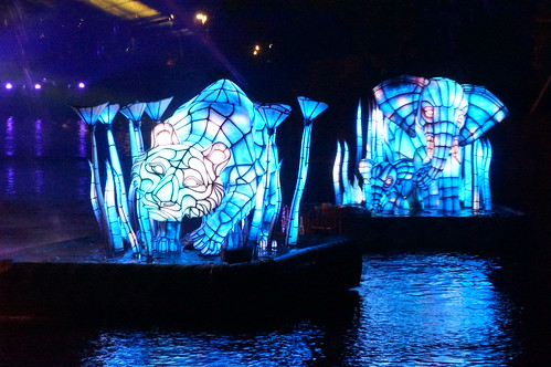 "Rivers of Light Nighttime Experience • <a style=""font-size:0.8em;"" href=""http://www.flickr.com/photos/28558260@N04/34364092763/"" target=""_blank"">View on Flickr</a>"