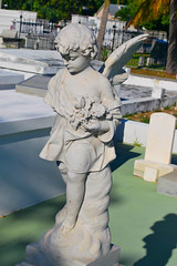 Key West (Florida) Trip 2016 0290Ri 4x6 (edgarandron - Busy!) Tags: florida keys floridakeys keywest keywestcemetery cemetery cemeteries grave tomb graves tombs statue statues