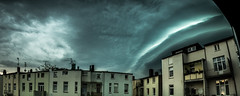 Unwetter / Thunder Storm (kornflakezzz) Tags: hl hansestadt lübecl luebeck city stadt unwetter wetter sturm thunder storm backyard shot wolken panorama weather clouds sony alpha a57 sigma