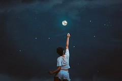 326/365 My love affair with the moon (Katrina Y) Tags: moon night selfportrait 365project 2017 photoshopt fineart surreal surrealphotography conceptual creative concept nightsky stars