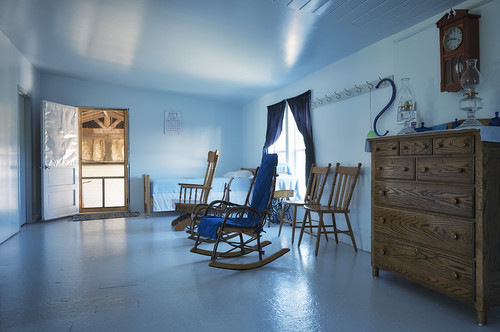 Amish Living Room/shades of blue