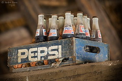 Pepsi (ab-planepictures) Tags: cola deko alt old zoom gelsenkirchen flaschen getränke