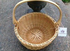 Inside New England Round Swing (Nutmegbasketry) Tags: newenglandbasket roundbasket basketmaker handwoven swinghandle handcarvedoakhandle basket