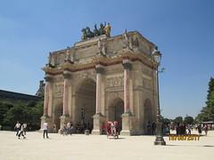 Paris (Calvina Chua) Tags: paris louvre arcdetriomphe
