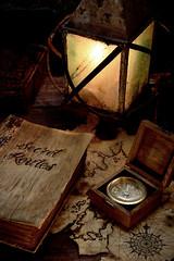 Secret Routes (Beatriz-c) Tags: stilllife bodegón pirate pirata compass brújula farol lantern tesoro book libro map mapa adventure aventura treasure