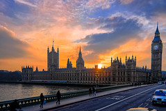 London - Sunset over the Houses of Parliament & Big Ben (briburt) Tags: london westminster parliament housesofparliament bigben sunset dusk sky dramaticsky clouds stunning gorgeous blue red orange bridge thames riverthames river evening gloaming houseofcommons