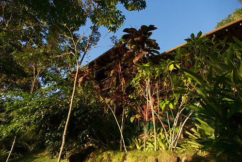 brazil-paraty-casa-cairucu-front-elevation-copyright-pura-aventura-thomas-power