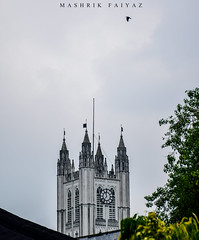 Watch Tower (MashrikFaiyaz) Tags: india kolkata asia south southasia march spring incredible sky skyscraper tower building watch high white antique historical architecture architectural nikon d5300 flickrunitedaward plants green bird design art city urban cityscape travel tourism