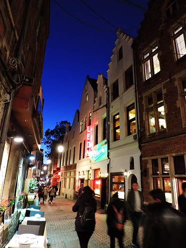 Rue des Bouchers, Brussels