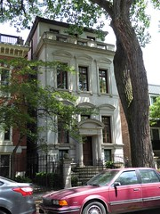 Chicago, Old Town Triangle, Residence (Mary Warren (8.7+ Million Views)) Tags: chicago oldtowntriangle oldtown architecture building urban historic house residence