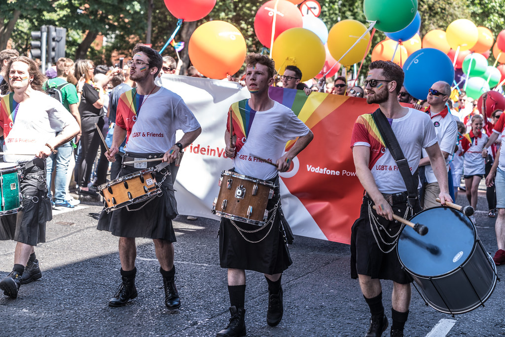 LGBTQ+ PRIDE PARADE 2017 [ON THE WAY FROM STEPHENS GREEN TO SMITHFIELD]-129982