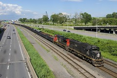 CN X321 (Michael Berry Railfan) Tags: cn canadiannational cnx321 montreal montrealsub quebec train freighttrain ic1026 cn2509 illinoiscentral ic sd70 emd