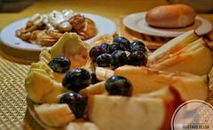 Desayuno (mestremur) Tags: frutas sigma35f14 sigmaart sigma sonya7rii bread homemade fruits salad fruitsalad breakfast desayuno