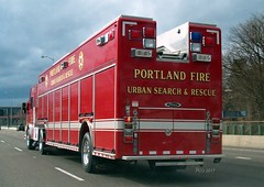 Portland (policecarsoforegon) Tags: portlandfirebureau heavyrescue urbansearchandrescue portlandfire rescue red big paramedicunit paramedic emt emt3 emt2 emt4 emergency fire firstaid pacificnorthwest policecarsoforegon multnomahcounty oregon northwest