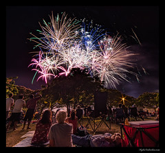 Ala Moana 4th of July 2017 (madmarv00) Tags: 4thofjuly alamoanabeachpark d800 fireworks nikon hawaii honolulu kylenishiokacom night oahu twt