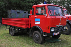 Magirus-Deutz flatbed (Schwanzus_Longus) Tags: bockhorn german germany old classic vintage vehicle truck lorry flatbed freight cargo transport coe cab over engine magirus deutz 120 d7