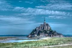 Mont Saint Michel et les prés salés (Normandie-France) 2 (Shoot Enraw) Tags: france paysage 7003000mmf4056 beauvoir monument architecture 110160mmf28 normandie montsaintmichel lecouesnon